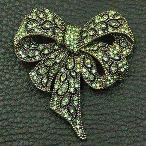 Sophisticated BOW Green Rhinestone Ribbon Brooch